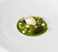 restaurant-helene-darroze-paris-la-salle-a-manger-small