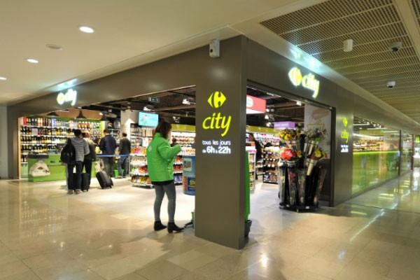 boutiques restaurants