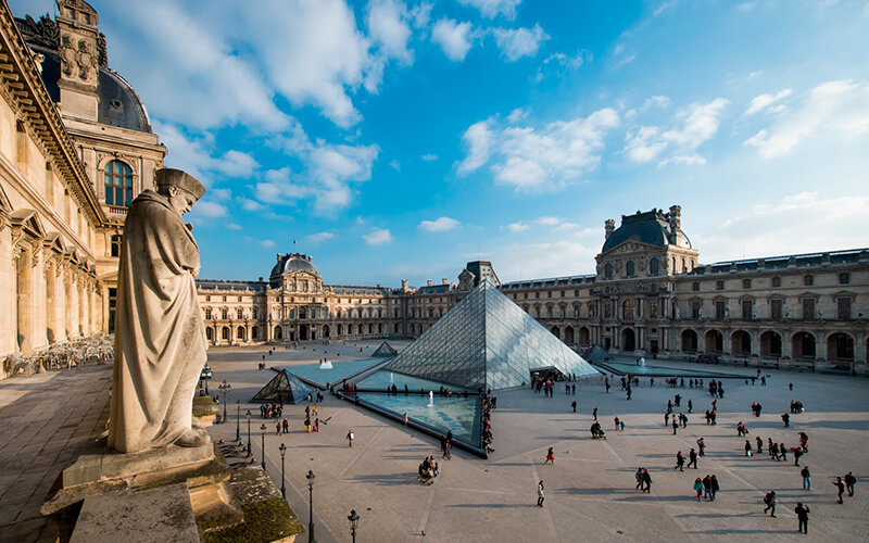 musee-du-louvre-slideshow